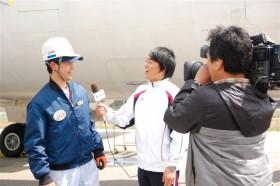 インタビューに答える木本君!