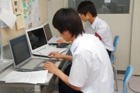日本航空専門学校 航空ビジネス科メイクレッスン